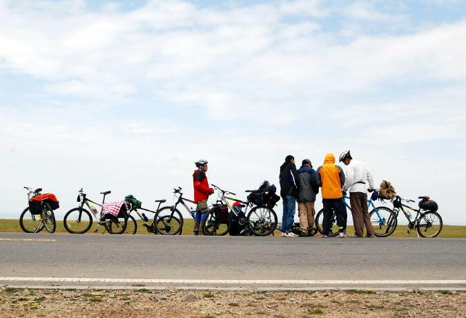 7 Days Biking around Qinghai Lake